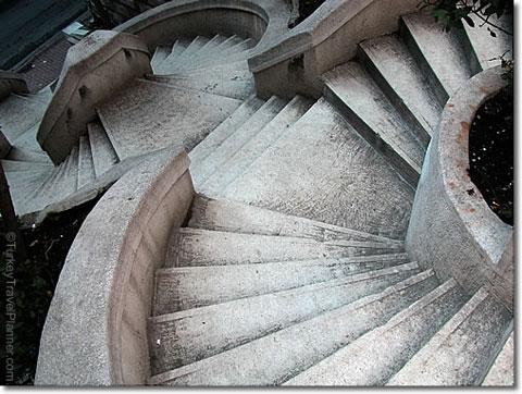 escaleracircular.jpg